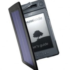 Solární obal na Kindle (CES 2012)