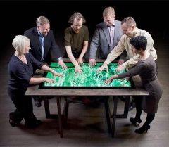 Počítač jako stůl s 55′ dotykovou plochou (CES 2012)